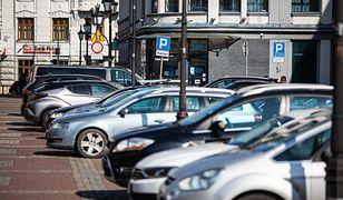 Bielsko-Biała. Kolejne ulice wyłączone z bezpłatnego parkowania. Miasto zwiększa płatną strefę