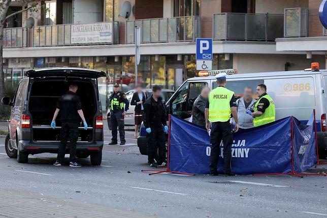 Wypadek w Warszawie. Kierowca bmw śmiertelnie potrącił 33-latka przy ul. Sokratesa na Bielanach