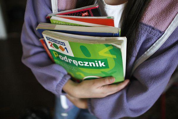 MOPS w Krakowie organizuje pomoc dla uczniów