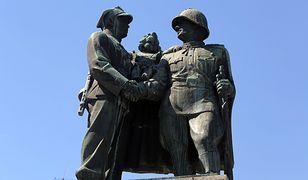 Pomnik odsłonięto w 1951 r.