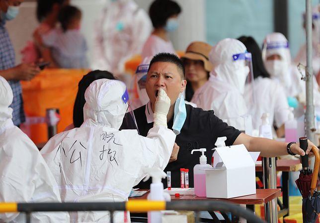 Blokada 5-milionowego Xiamen po lawinie zakażeń koronawirusem