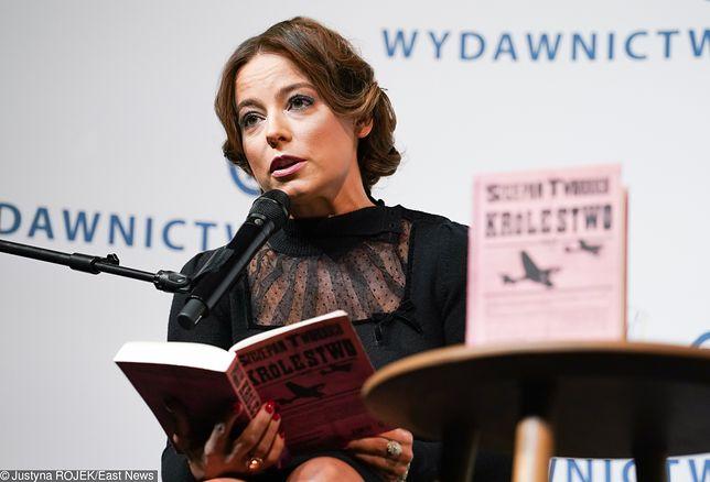 Anna Mucha czyta fragmenty powieści Szczepana Twardocha