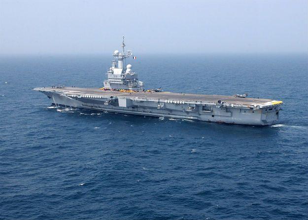 """Lotniskowiec """"Charles de Gaulle"""""""