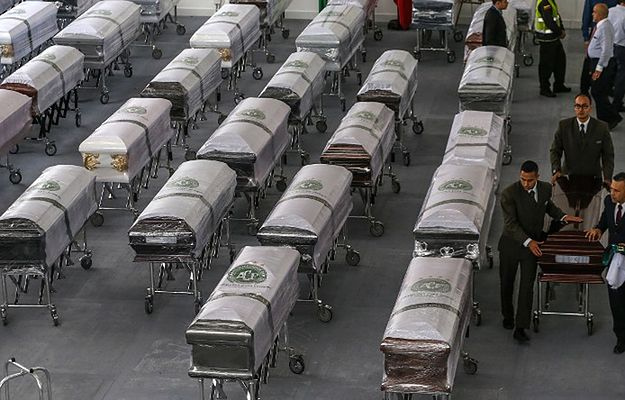 Katastrofa samolotu z piłkarzami w Kolumbii. Przyczyną były błędy ludzkie