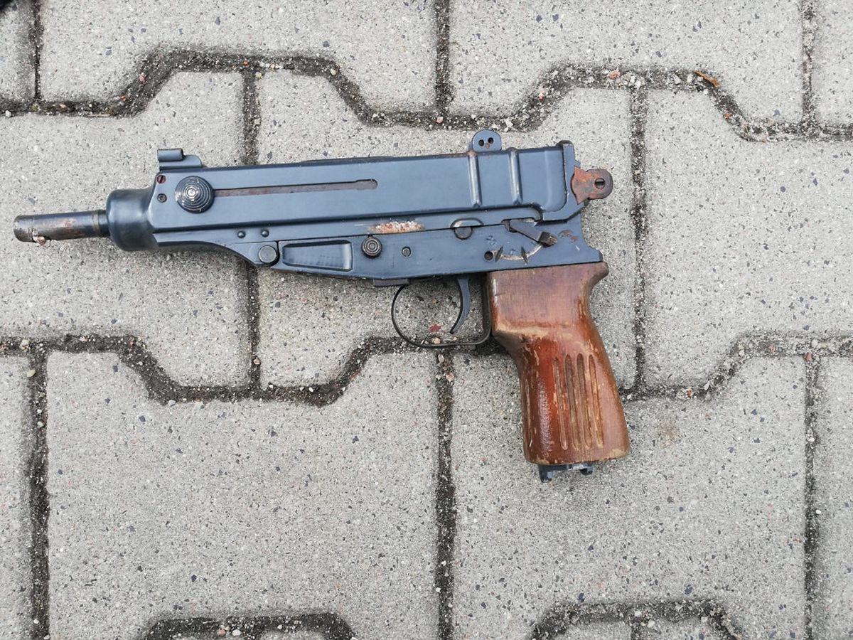 Mazowieckie. Zabezpieczona przez policjantów broń