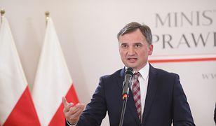Zbigniew Ziobro i kryzys koalicji Zjednoczonej Prawicy. Co polityk zdradził mową ciała?