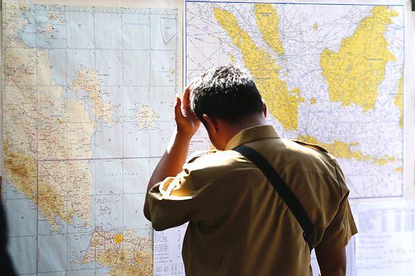 Odnaleziono szczątki zaginionego samolotu AirAsia. Wydobyto ponad 40 ciał