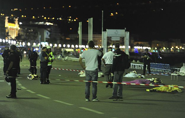 Gen. Polko o zamachu w Nicei: po Euro 2016 w służbach nastąpiła ulga, terroryści wykorzystali ten fakt