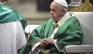 """Papież zaapelował ws. migrantów: """"Trzeba położyć kres powrotowi migrantów do krajów, które nie są bezpieczne"""""""