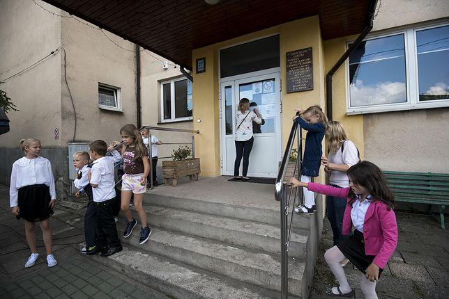 Szkoła w Monkiniach na Podlasiu padłla ofiarą braku nauczycieli