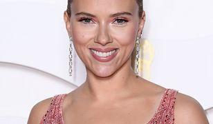 BAFTA 2020: Scarlett Johansson na czerwonym dywanie. Opięta suknia podkreśliła figurę