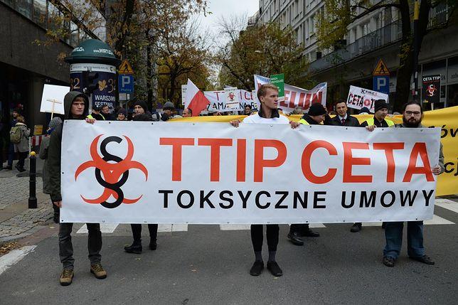 Protest przeciwko CETA w stolicy. Utrudnienia w ruchu