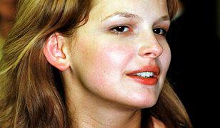 Życie Dominiki Ostałowskiej jest pełne skandali! Zniszczyła wieloletni związek i romansowała na planie serialu