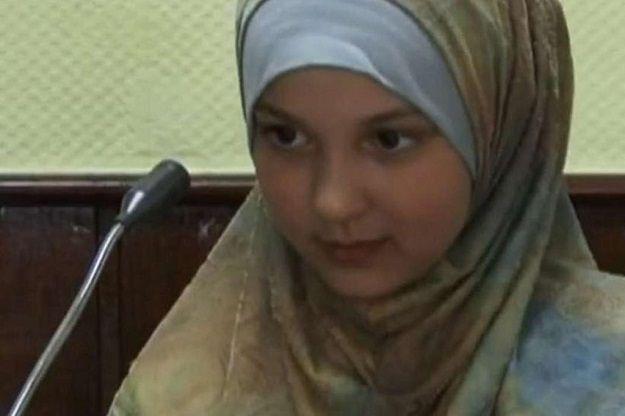 15-latka chciała wstąpić do ISIS. Zaatakowała niemieckiego policjanta
