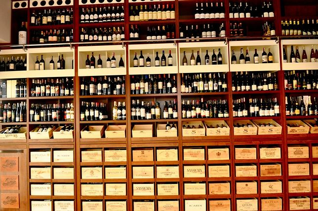 Nowe miejsca: Whisky and Wine Place