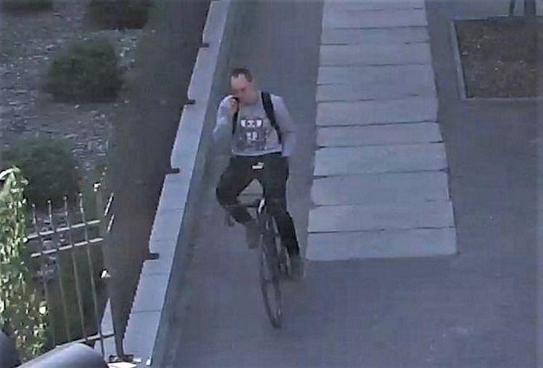 Rowerzysta zrobił coś obrzydliwego. Policja publikuje wizerunek