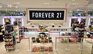 Forever 21 zostało pozwane przez byłą pracownicę