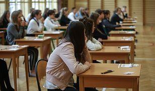 W czwartek uczniowie zmierzą się z częścią matematyczną i przyrodniczą egzaminu gimnazjalnego 2018