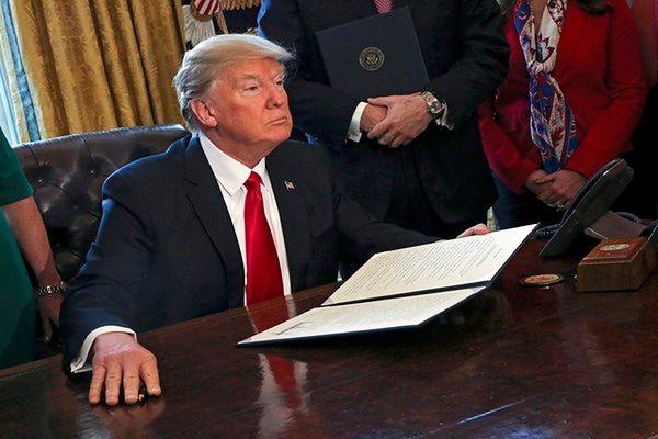 Sędzia federalny blokuje dekret Trumpa ws. zakazu wydawania wiz