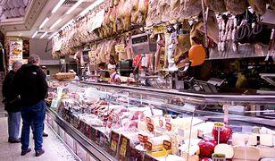 Konsumenci muszą uważać na kupowane produkty mięsne.