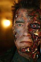 ''I'll be back'' - powiedział i wrócił. Schwarzenegger znowu terminatorem!