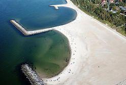Jarosławiec ma sztuczną plażę. Zdjęcia z lotu ptaka zapierają dech w piersi