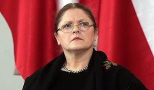 """Krystyna Pawłowicza krytycznie o urodzie żony Macrona. """"Ona jest muzeum, a ja ciągle liceum"""""""
