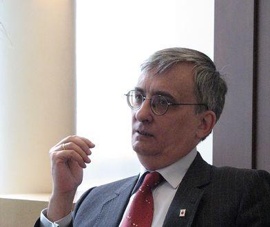 Prof. Jacek Bartyzel przekonywał prokuraturę, że nie był świadom zasięgu swojego wpisu na Facebooku