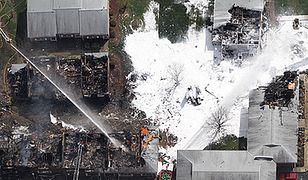Myśliwiec F/A-18 Hornet spadł na budynki w USA