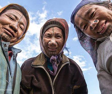 Niezwykłe kobiety plemienia Apatani - piękne czy oszpecone?
