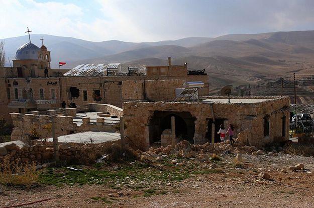 Bojownicy Państwa Islamskiego porwali co najmniej 90 chrześcijan