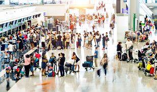 Tłumy na lotniskach to obecnie rzadki widok