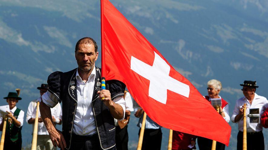 Nie, Szwajcarzy nie wstrzymali rozwoju 5G /Fot. GettyImages