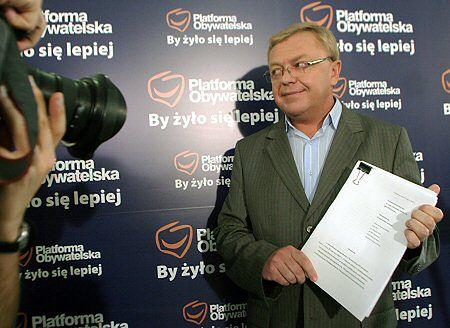 Wiceszef klubu PO Zbigniew Chlebowski podczas konferencji prasowej