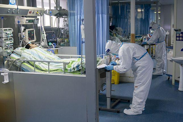 Chiny. Zmarł lekarz zarażony koronawirusem, który ratował pacjentów