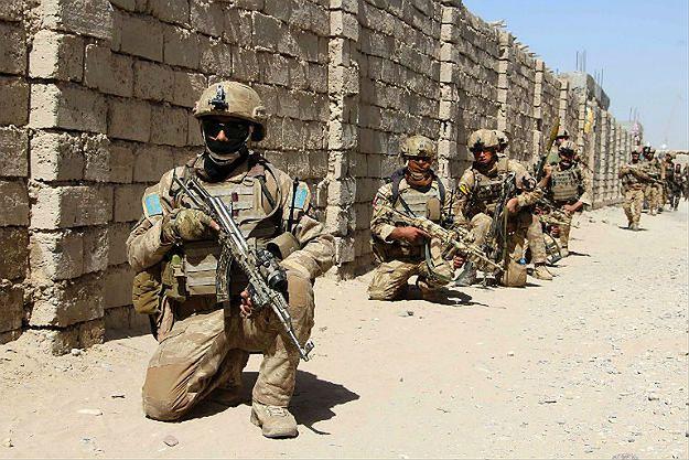 Zasadzka talibów w Afganistanie. Zginęło 100 żołnierzy i policjantów