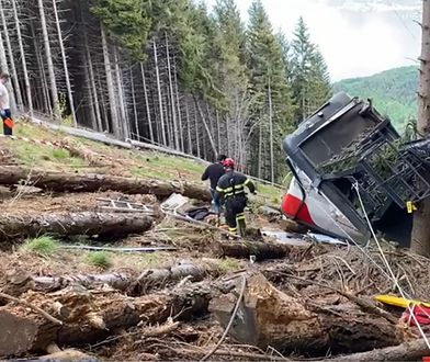 Włochy. Katastrofa kolejki górskiej