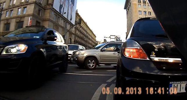Warszawa: kompilacja wymuszeń i różnego rodzaju buractwa [WIDEO]