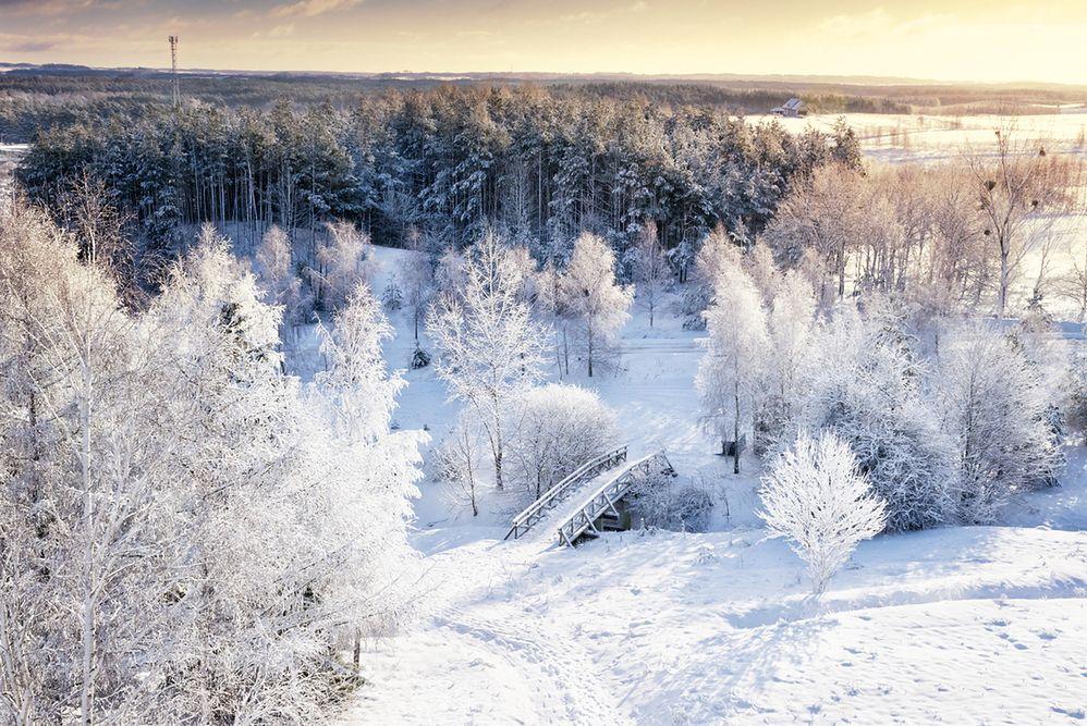 Zimowa Polska. Przyciąga pięknymi krajobrazami