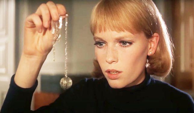 """Mia Farrow w filmie """"Dziecko Rosemary""""."""