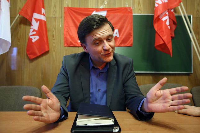 Mateusz Piskorski chciał wygłosić oświadczenie. Nie pozwolono mu