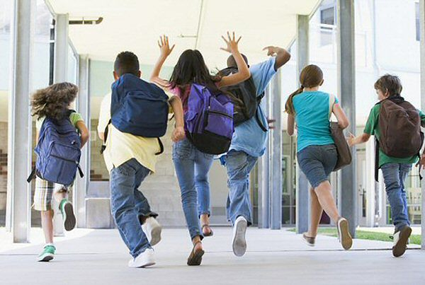 Horror w gimnazjach i podstawówkach