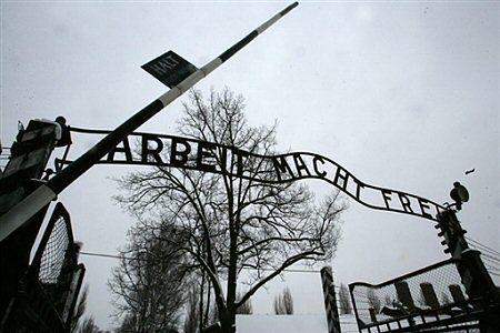 To nie Szwed zlecił kradzież napisu z Auschwitz?
