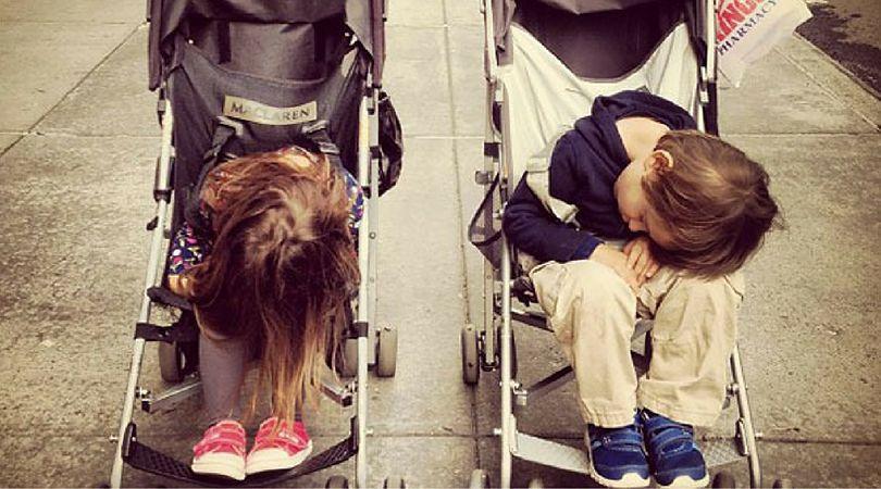 Dzieci mogą zasnąć wszędzie