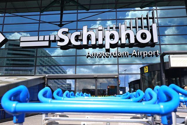 Wejście na lotnisko Amsterdam-Schiphol (AMS)