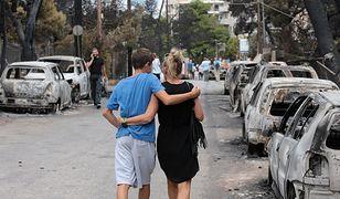 Mieszkańcy miasteczka Mati, w którym zginęły 74 osoby