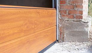 Kiedy montować bramę garażową?