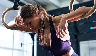 Trening crossfit pozwala spalić tkankę tłuszczową
