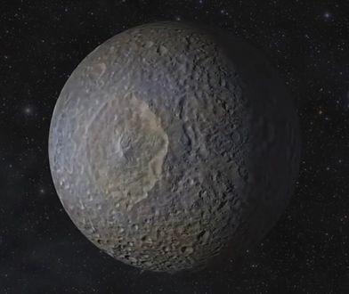 Mapy Google odkryły bazę UFO? Badacz: miasto obcych i ogromny statek na księżycu Saturna