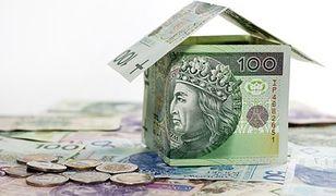 Na mieszkanie rodzina może pożyczyć 90 razy więcej niż zarabia